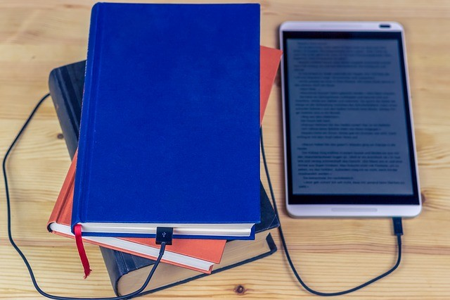 European Commission approves the same VAT-level on eBooks and printed books