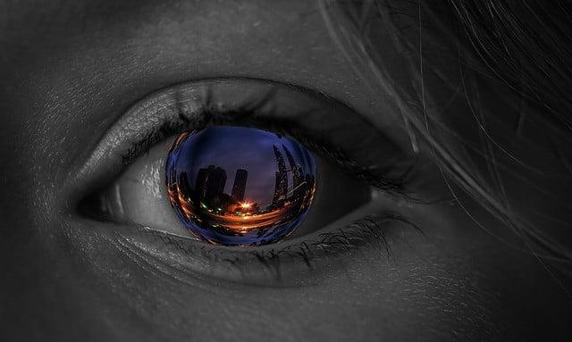 Using Eye-Tracking for skills development with VR-Analytics