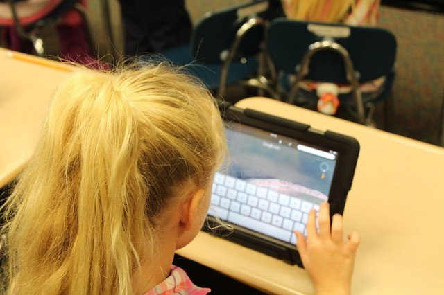 Digital Society Education – Integrating tech in Primary School